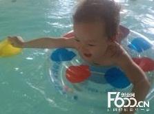 月浦可爱可亲婴儿游泳馆