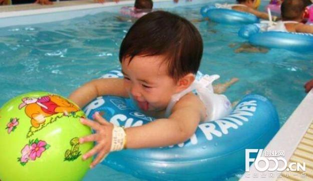 泡泡塘婴儿游泳馆