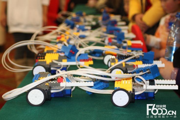 韩纳机器人加盟