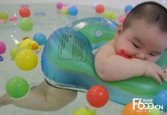 鑫博士婴儿游泳馆