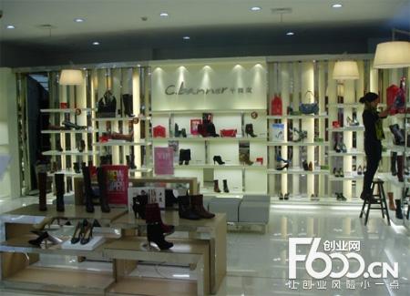 千百度女鞋的度应该很高了,大家都熟知的品牌所以想要加盟,下面我们