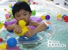 小脚丫婴儿游泳馆