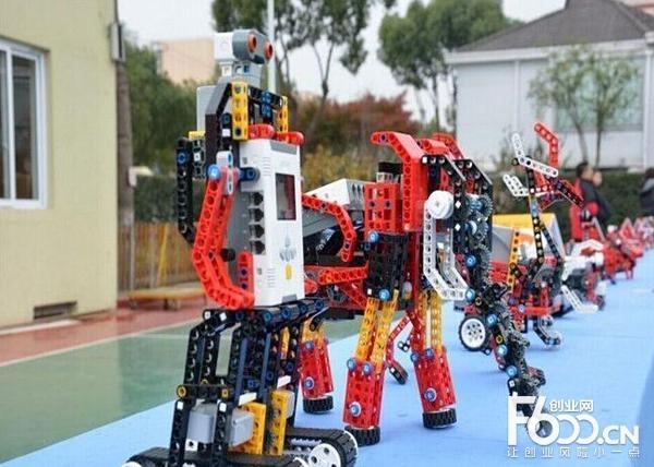 乐匠机器人教育加盟