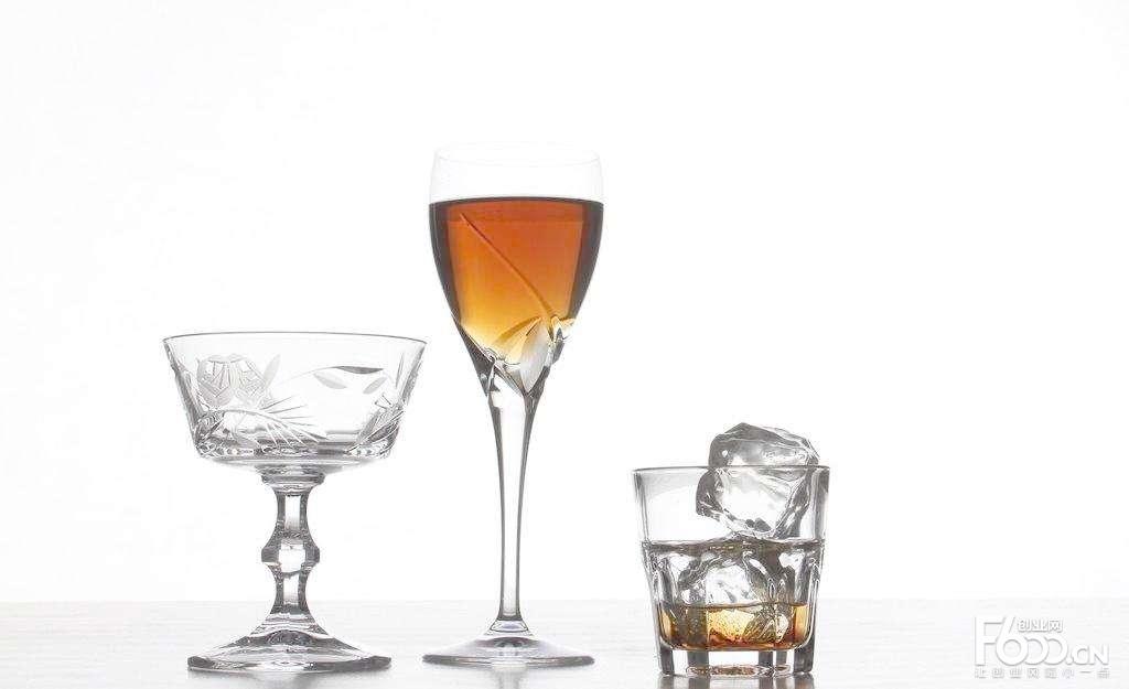 如何选择酒水加盟品牌?/