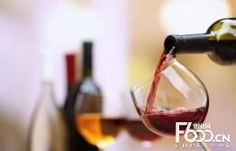 溪谷风红酒