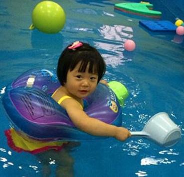 猪贝贝婴幼儿游泳馆