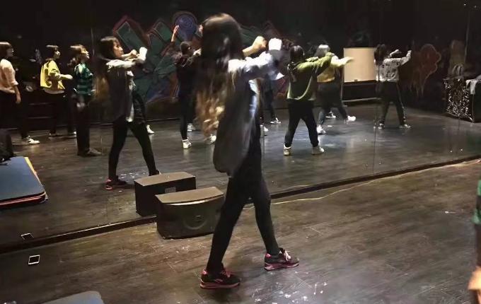 国羽舞蹈培训加盟