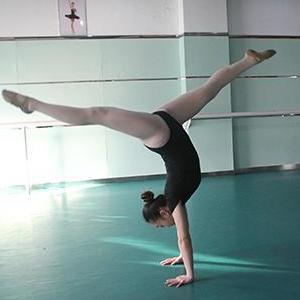 嫣然艺考舞蹈培训