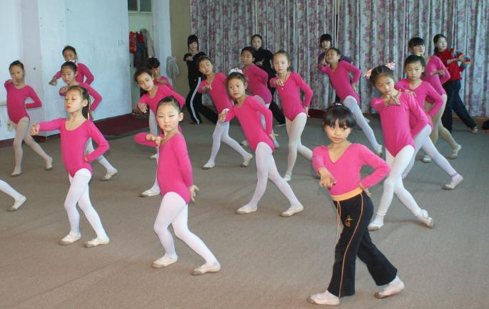 bobo舞蹈培训加盟