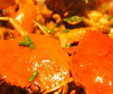 大口妹肉蟹煲