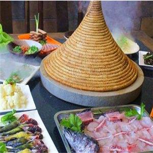 鱼上鲜蒸汽石锅鱼