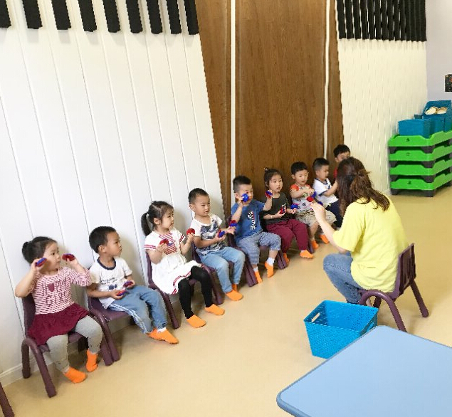彩虹蜗牛素质教育