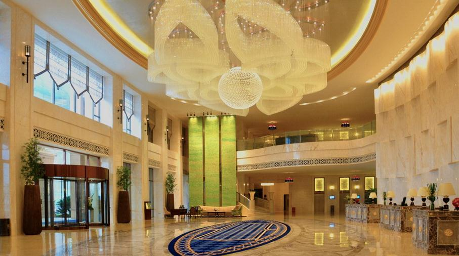 弥勒湖泉酒店加盟