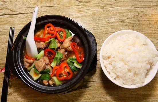 飞彤轩黄焖鸡米饭加盟