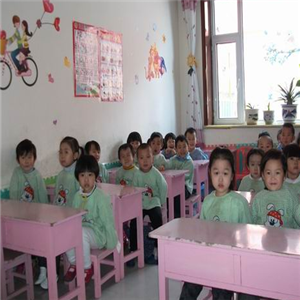 嘉萌实验艺术幼儿园