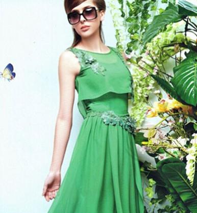 戛纳巨式女装