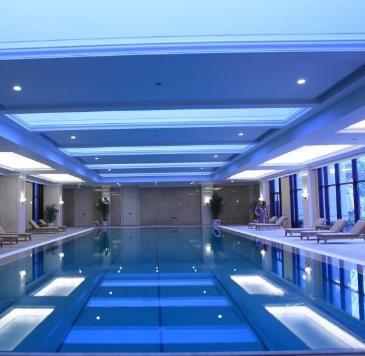 天曼游泳馆
