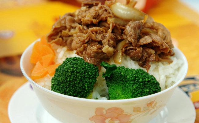 米客牛肉饭加盟