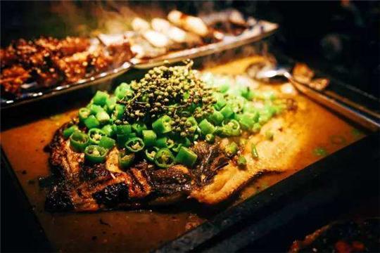 鱼樱时尚烤鱼加盟详情