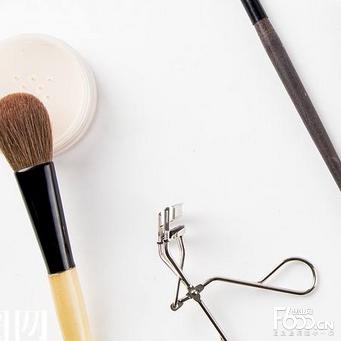 无限极化妆品