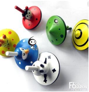 名洲毛绒玩具