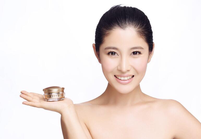 雅萱化妆品图片