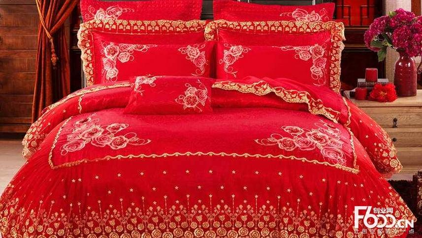 真爱高端婚庆家纺,将欧式浪漫设计美学与中式传统文化进行完美结合,以