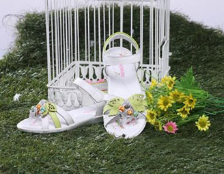 空中天使童装童鞋