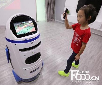 进化者机器人小胖加盟